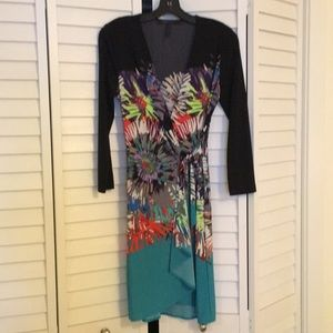 BCBG colorful print wrap dress. Size S(4/6)